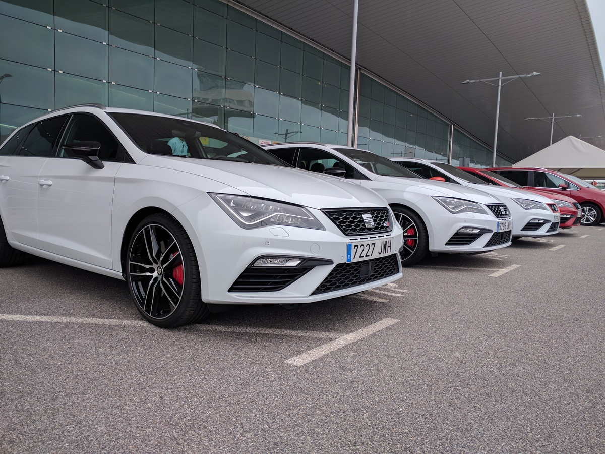 2017 Seat Leon Cupra 300 Review Road And Track