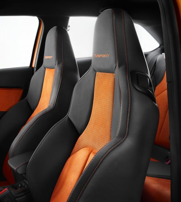 SEAT Leon Cross Sport Show Car
