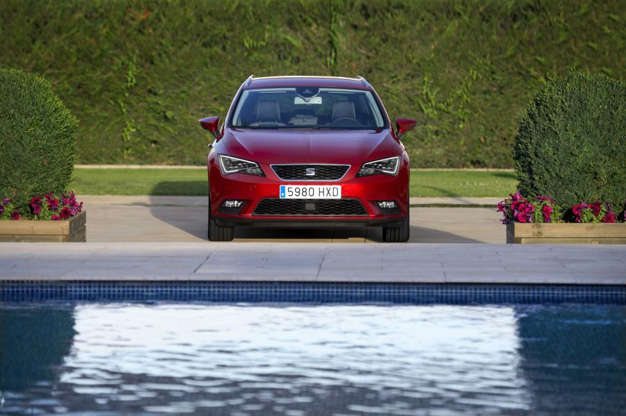 SEAT Leon ST 4Drive, exterior, static shot, front view
