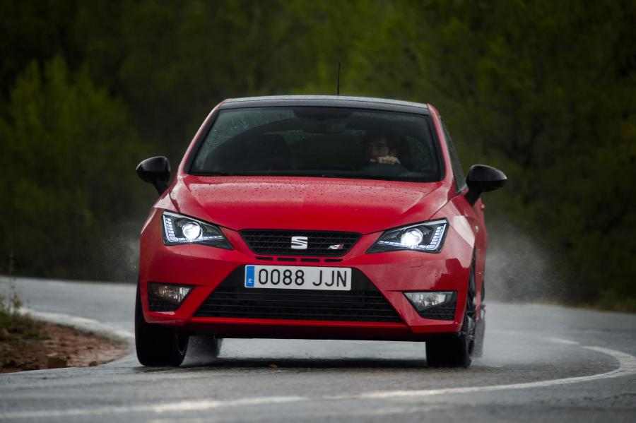 SEAT Ibiza CUPRA, exterior, dynamic shot, front view