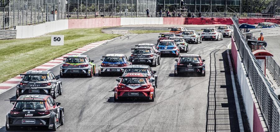 Cup Racers in Austria